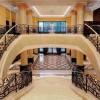 Роскошные лестницы из мрамора и гранита