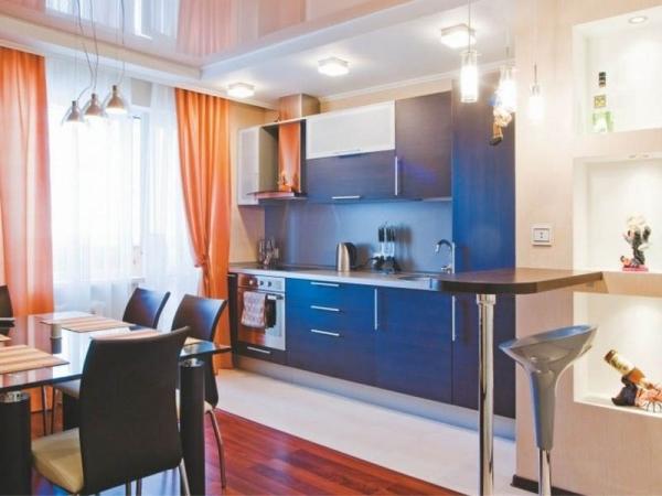 В чем плюсы кухни-столовой и как обыграть дизайн правильно