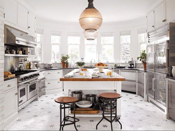 Дизайн кухни с эркером: как обыграть необычный элемент
