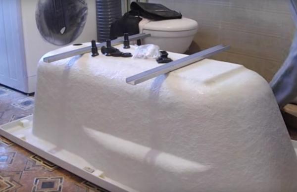 Пошаговая инструкция: как установить акриловую ванну своими руками?