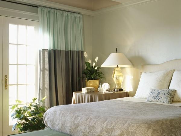 Льняные шторы в интерьере (20 фото): натуральность и стиль
