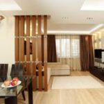 Разделение кухни и гостиной
