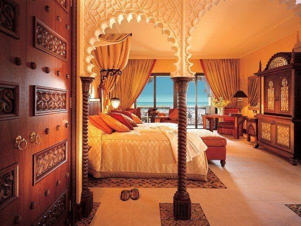 Оформление интерьера спальни в восточном стиле