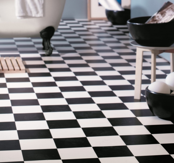 Как сделать ремонт пола в ванной комнате своими руками
